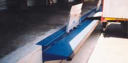 Ponts de liaison à déplacement latéral sur rail - Type 8860